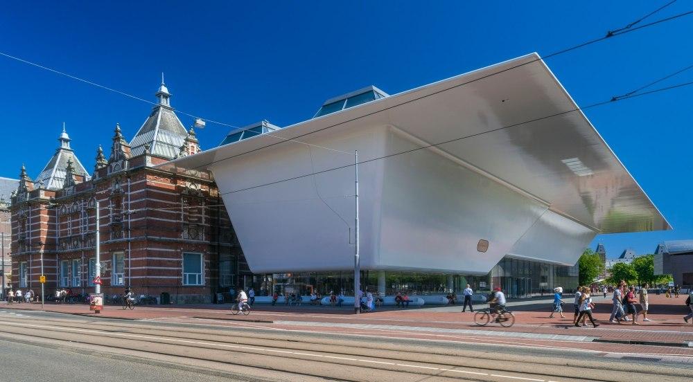 stedelijk-museum-amsterdam-exterior